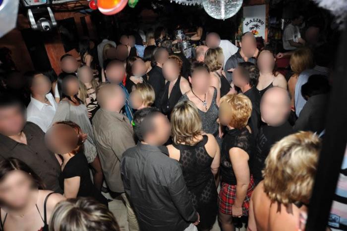video couple club echangiste Pierrefitte-sur-Seine